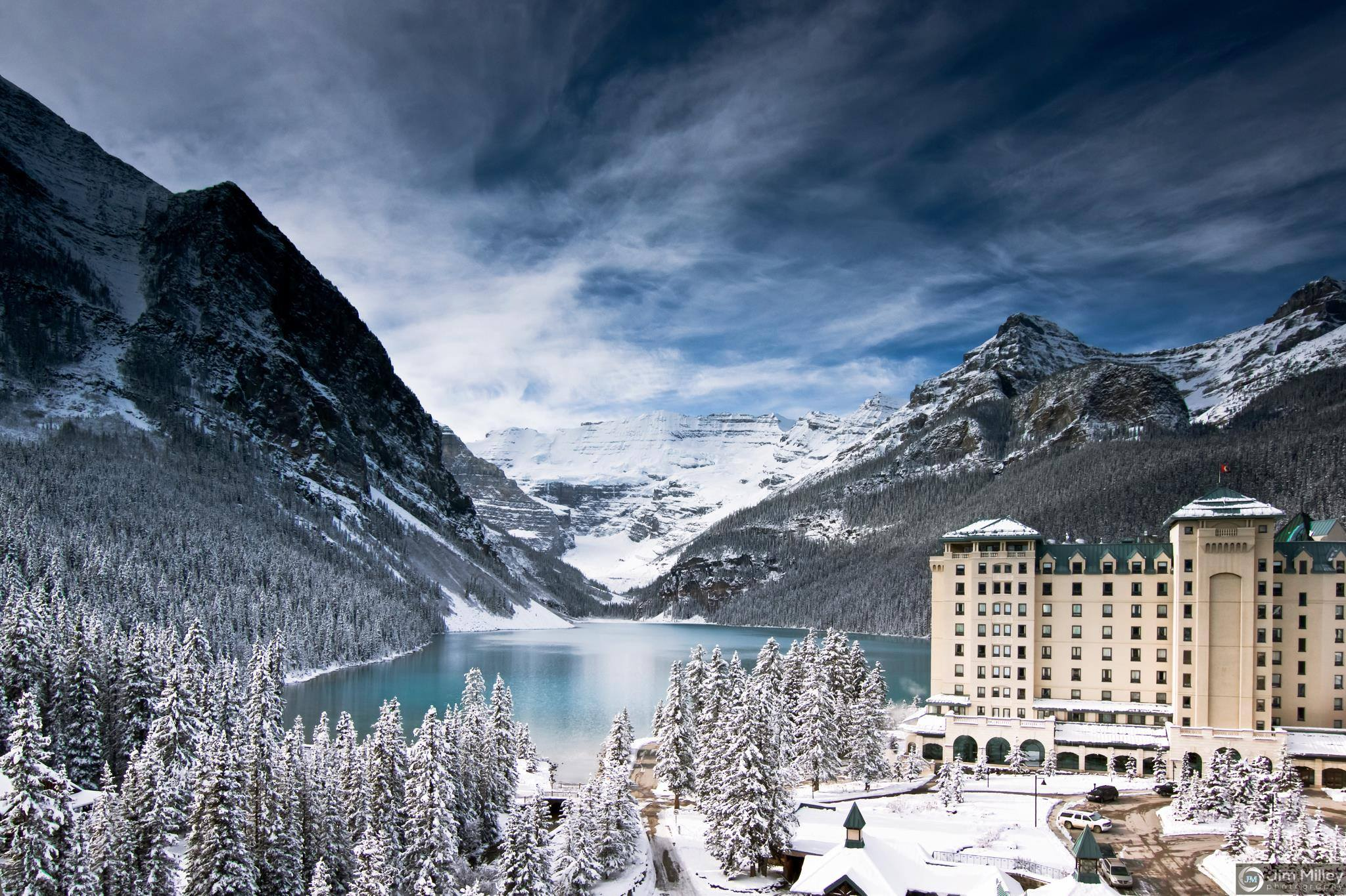 an introduction of fairmont chateau lake louise Compare hotel prices and find the cheapest price for the the fairmont chateau  lake louise resort in lake louise view 202 photos and read 4226 reviews.